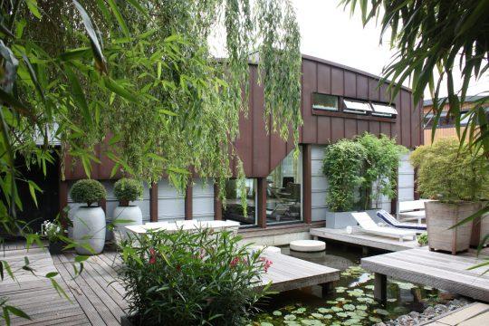 Nieuwbouw woonboot woonark Amsterdam entree terraszijde- BEELEN CS architecten Eindhoven