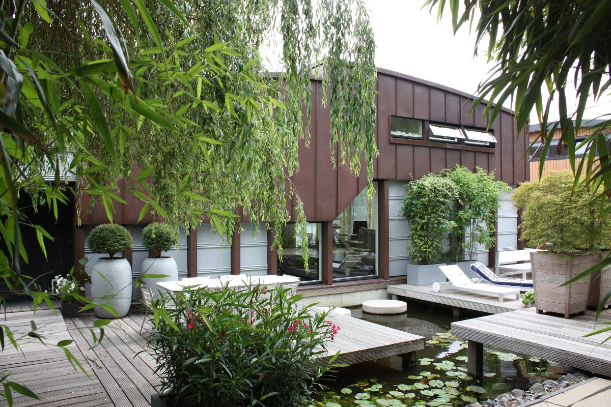 Nieuwsbouw woonboot woonark Amsterdam entree terraszijde- BEELEN CS architecten Eindhoven