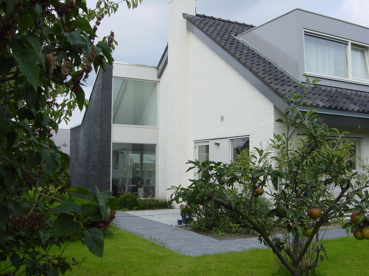 Transformatie woonhuis, Den Hoorn - erker zijtuin - BEELEN CS architecten Eindhoven