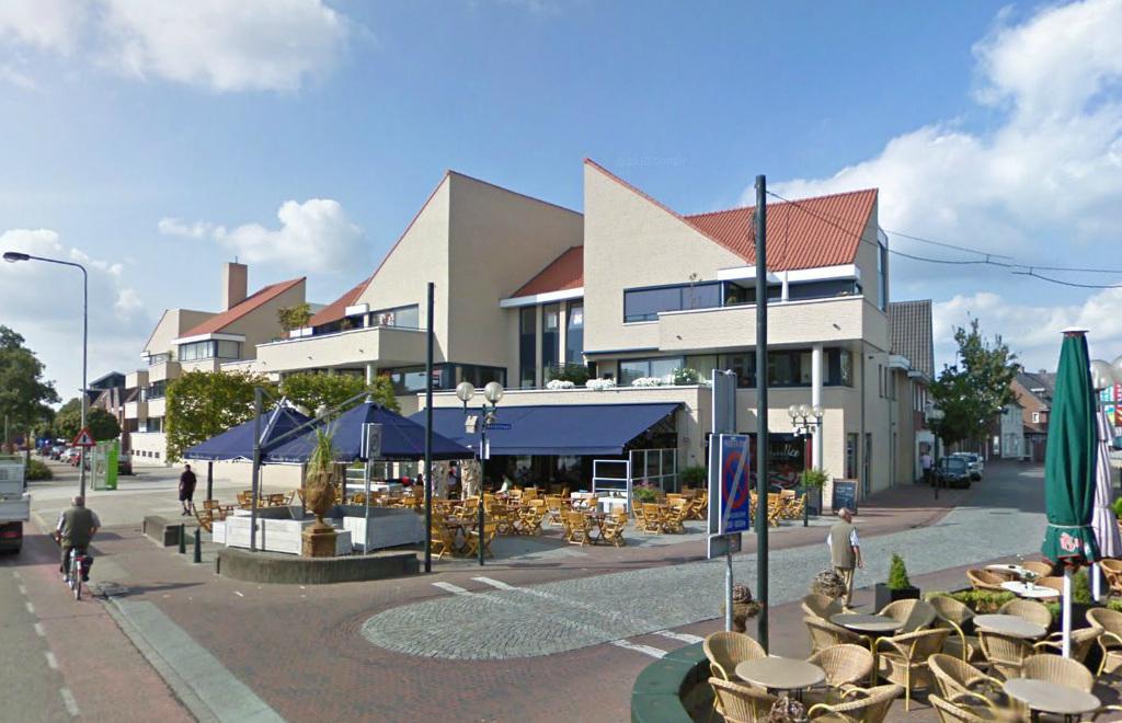 Appartementengebouwen De Poell en La Poste, Nederweert - terras horeca - BEELEN CS architecten Eindhoven