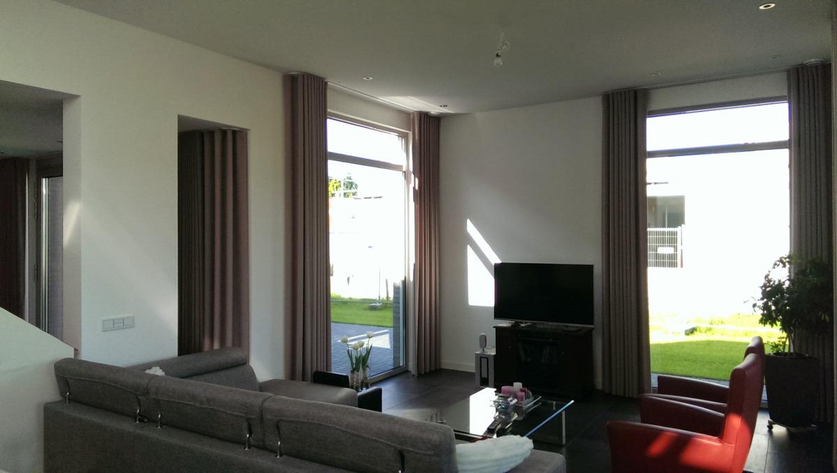 woonkamer met zonlicht - BEELEN CS architecten Eindhoven