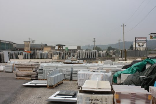 marmer keuze in Verona voor interieurontwerp nieuwbouw woonhuis terrein marmer handelaar