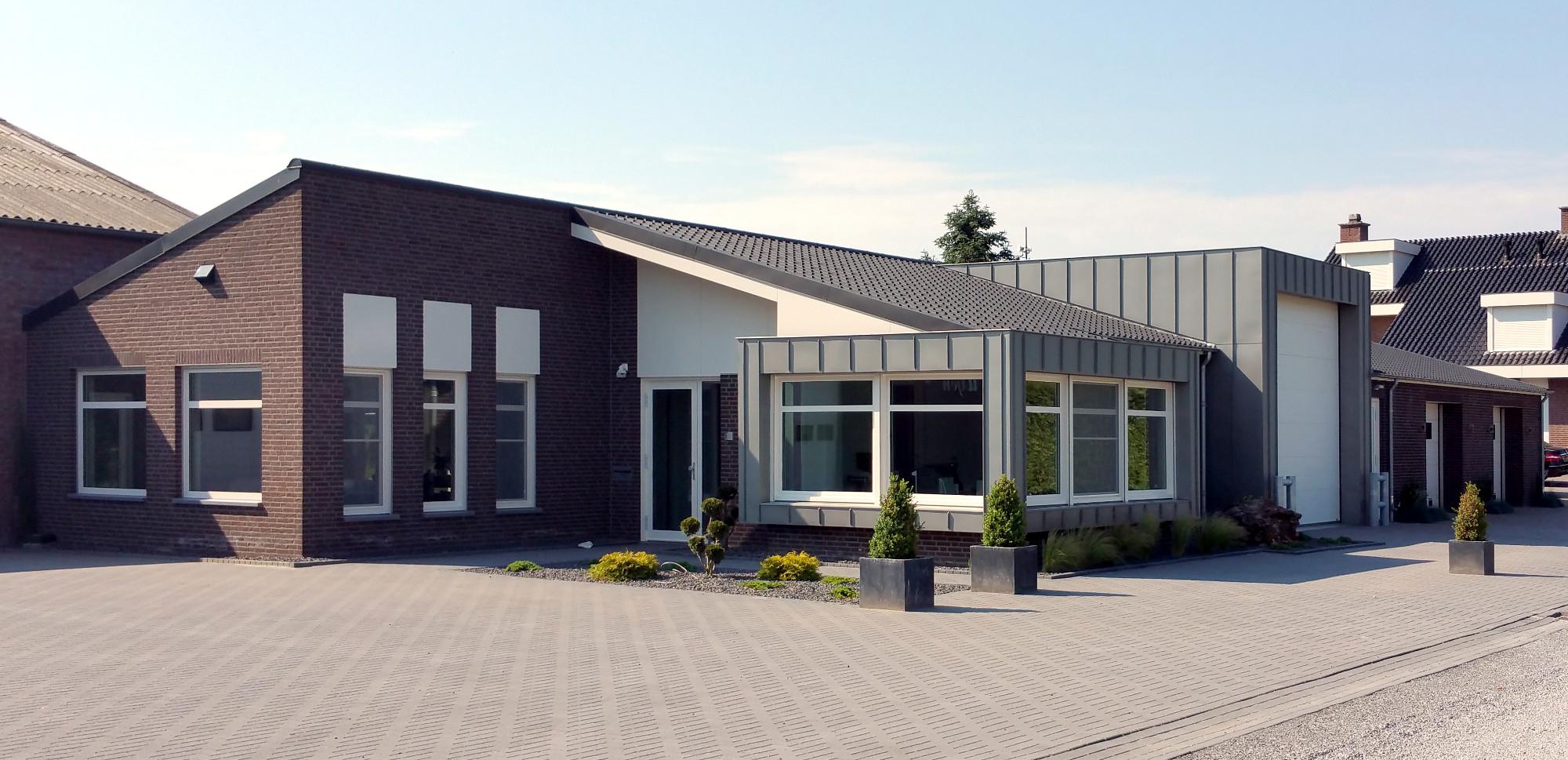 BEELEN-CS-architecten-Eindhoven-uitbreiding-bedrijfspand-Houtsberg-Leveroy