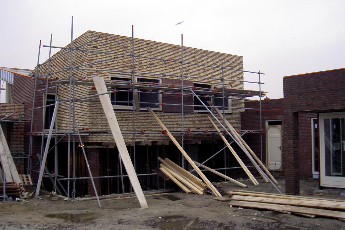 bouwfoto nieuwbouw Woonhuis met kantoor te Weert