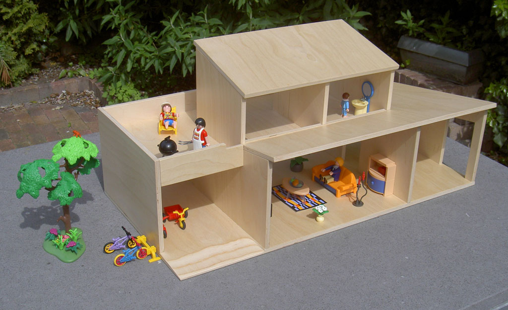 Poppenhuis voor playmobil beelen cs architecten for Huis inrichten op schaal