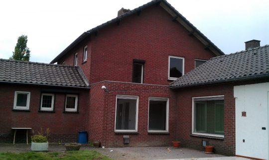 Transformatie tot passiefwoning - achtergevel oude situatie - BEELEN CS architecten Eindhoven