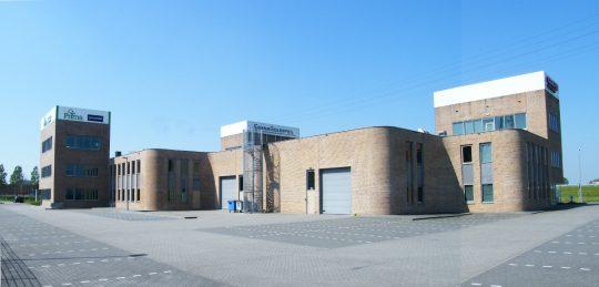 Bedrijfsgebouw Eemspoort Groningen achterzijde - BEELEN CS architecten Eindhoven