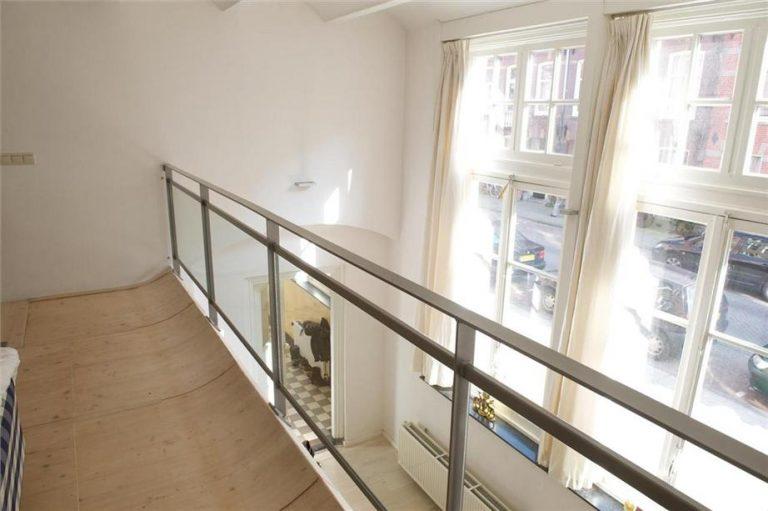 interne balkon langs vide