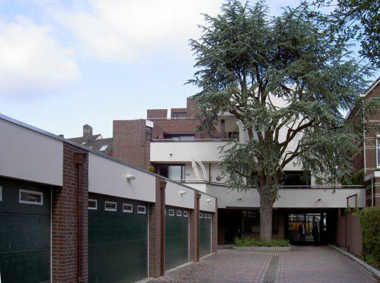 Woongebouw aan de Emmasingel, Weert - achterzijde - BEELEN CS architecten Eindhoven