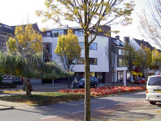 Woongebouw aan de Emmasingel, Weert - straatbeeld - BEELEN CS architecten Eindhoven