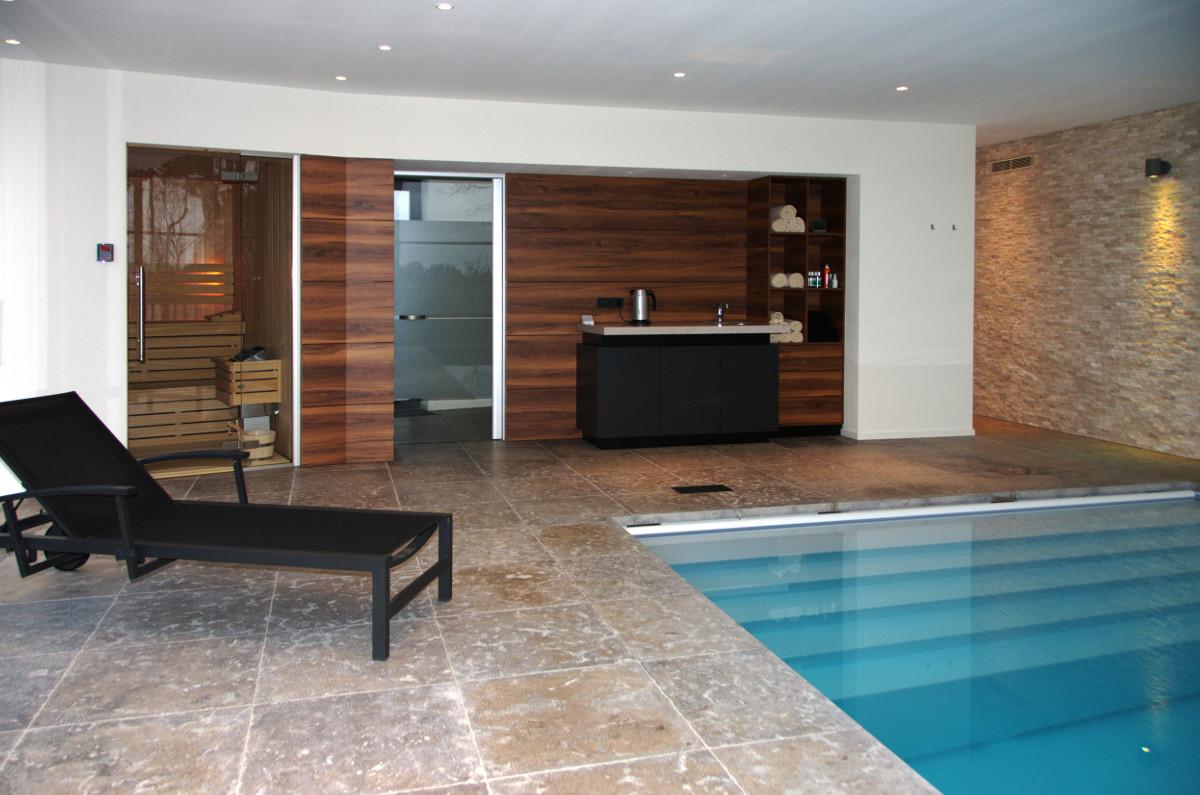Nieuwbouw privé binnenzwembad Weert, sauna en pantry - BEELEN CS architecten Eindhoven