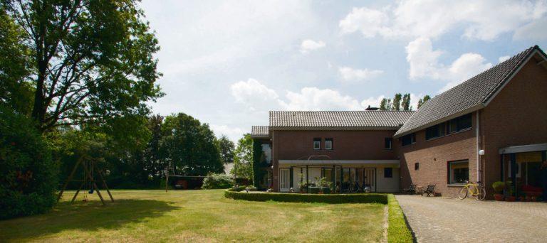 voorzijde-tuin panorama-01-1200