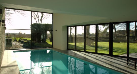homepage slider afbeelding nieuwbouw prive binnenzwembad Weert - BEELEN CS architecten Eindhoven