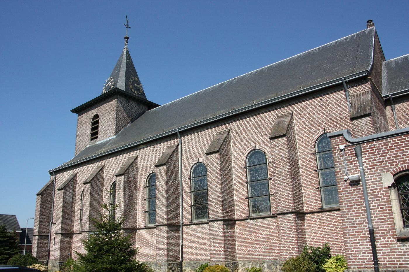 Herbestemming Bernadettekerk Landgraaf naar zorgwoningen bestaand zijgevel - BEELEN CS architecten Eindhoven