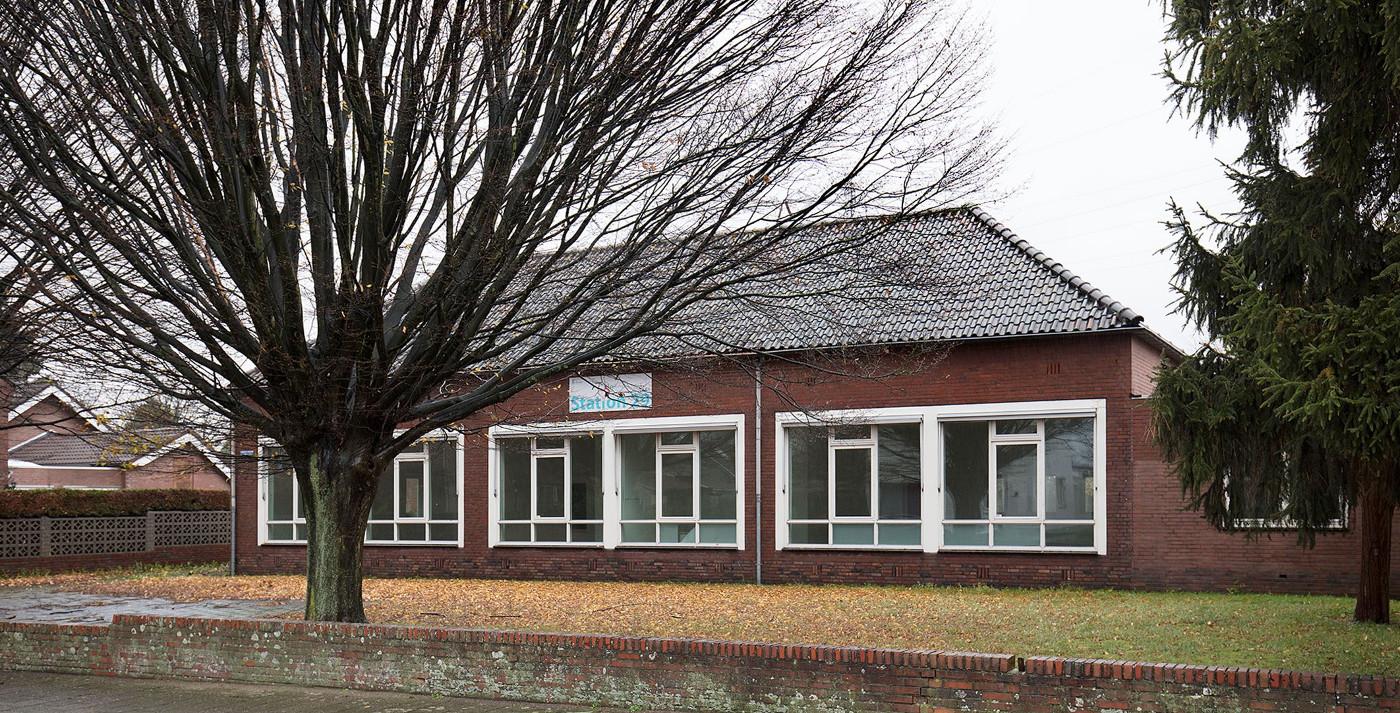 Studie inpassing woongroep in schoolgebouw - aanzicht bestaand - BEELEN CS architecten Eindhoven