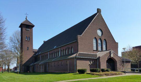 Herbestemming Theresiakerk te Landgraaf, exterieur, BEELEN CS architecten bv